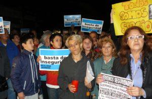 Nota 145 - Vecinos de Moreno reclamaron por seguridad.jpg
